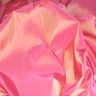 Taffetas rose avec des reflets jaune