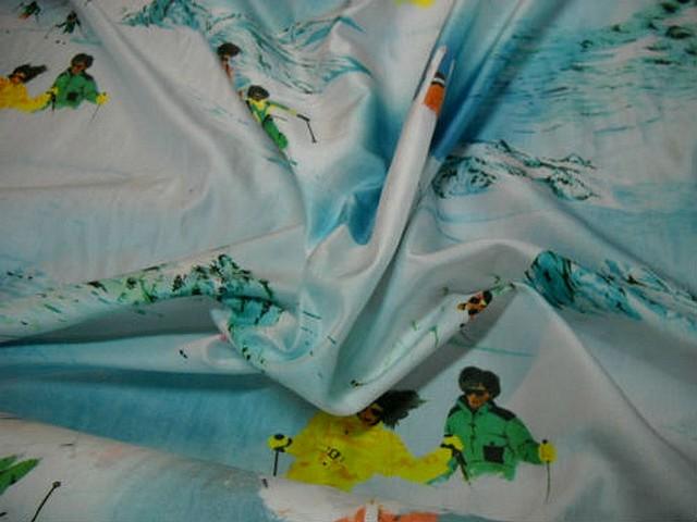 Taffetas souple motifs skieurs et montagnes 1