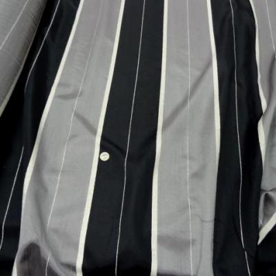 Taffetas velours raye noir gris 2