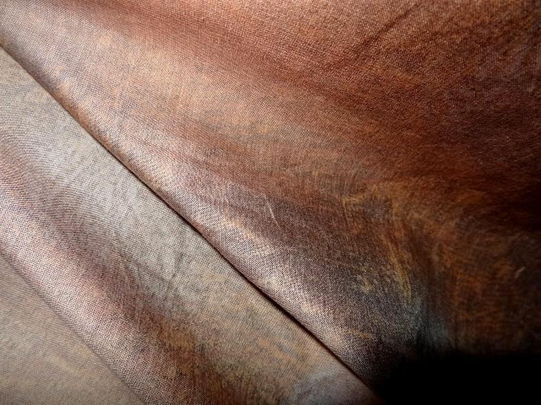 Tissu ameublement satine marbre jaune or et vert de gris 11
