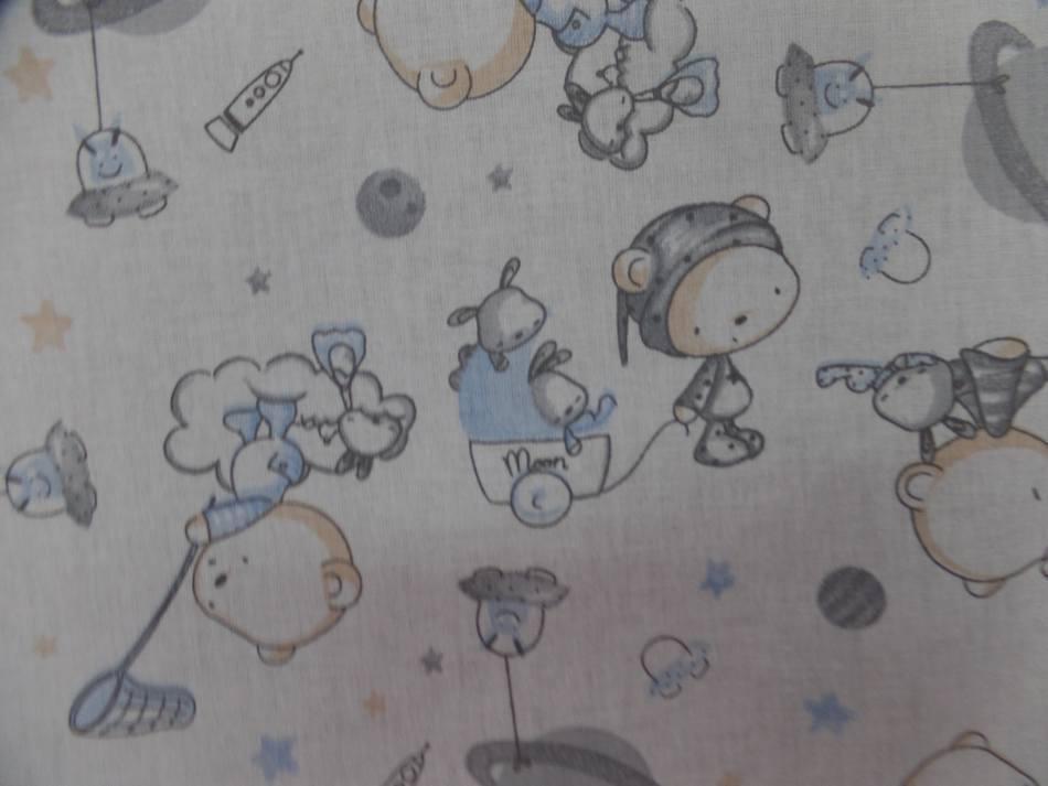 Tissu coton blanc imprime motifs enfant bleu gris