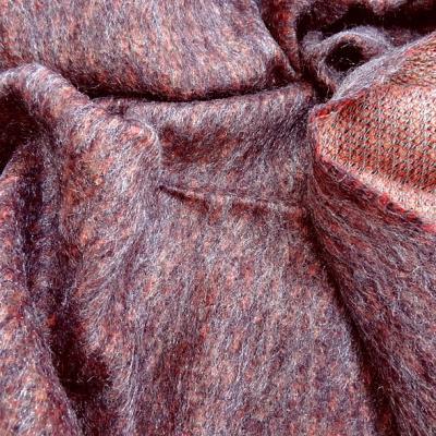 Tissu laine mohair et polyester melanges chine corail et prune 1