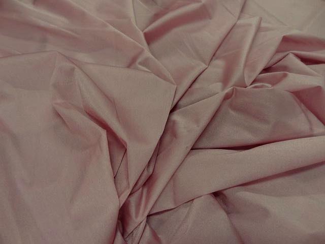 Tissu lycra rose petale 1