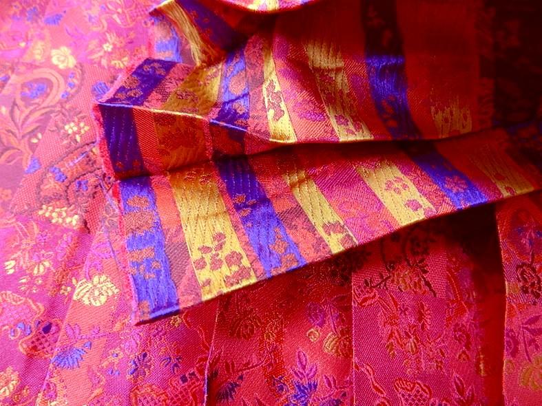 Tissu motifs tisse plisse soleil 3