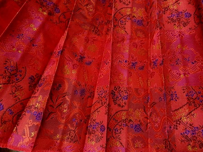 Tissu motifs tisse plisse soleil 4