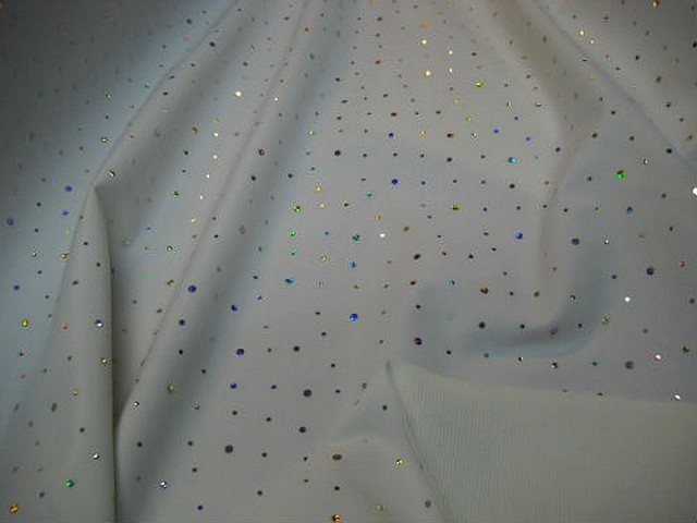 Tissu occultant blanc strass et velours 1