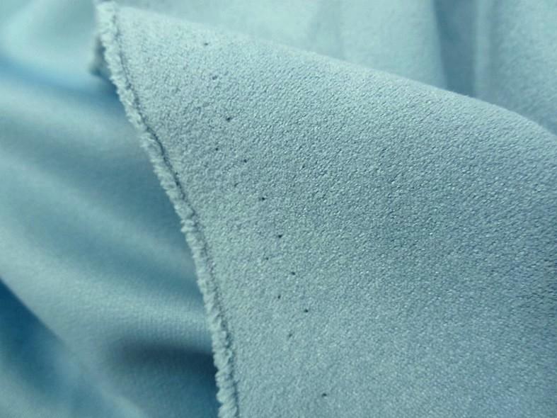 Tissu suedine bleu ciel 5