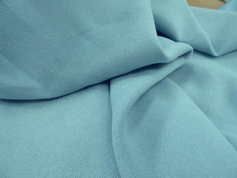 Tissu suedine bleu ciel 6