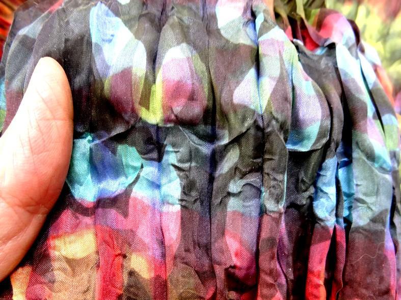 Tissu voile fin froisse cloque fleuri teintes en camaieux 6