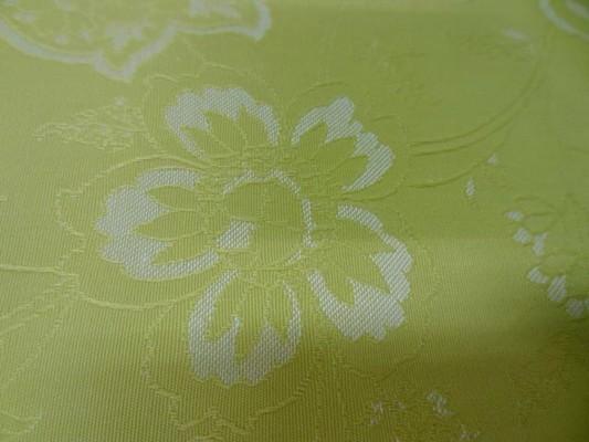 Toile coton anis clair faconne fleurs 3
