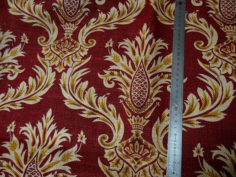 Toile de jute imprimee motif baroque fond rouge framboise 5