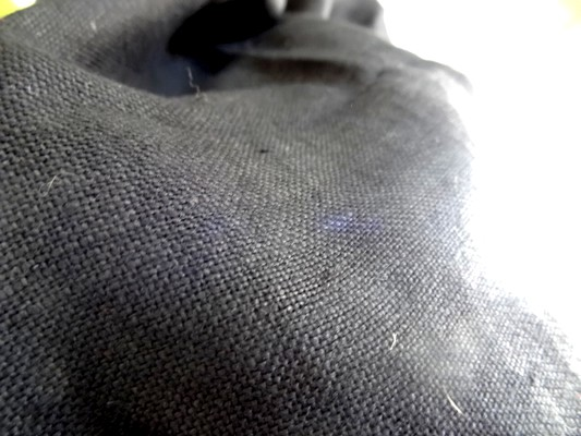 Toile de lin noir 3