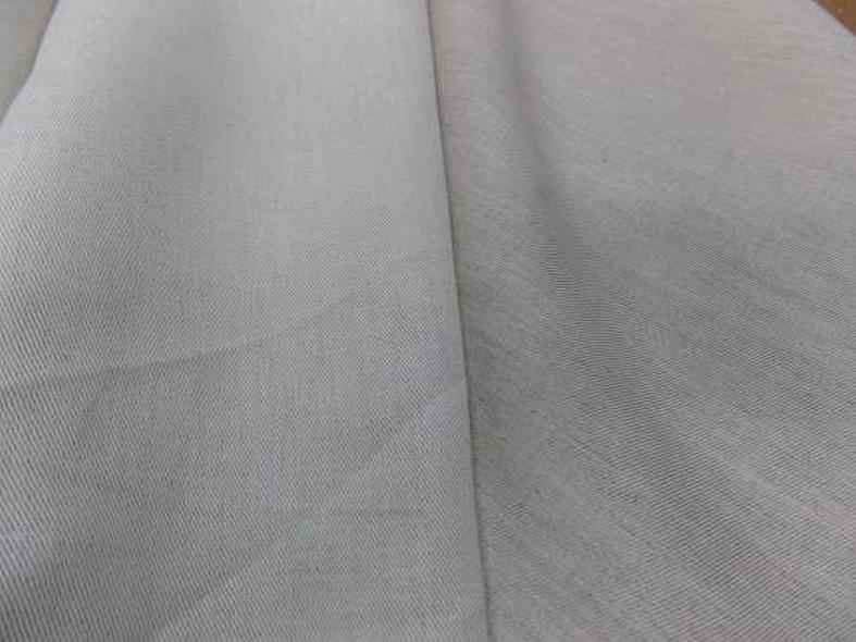 Toile de lin sergee blanc casse 1