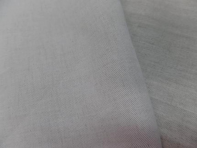 Toile de lin sergee blanc casse 3