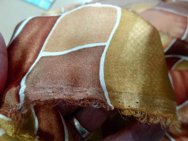 Twill de soie motif graphique vintage teintes automne 1 1