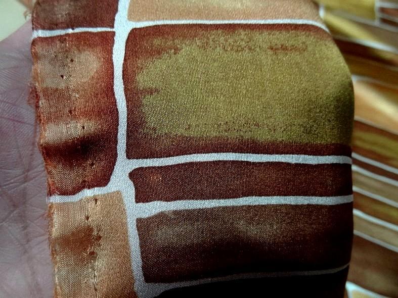 Twill de soie motif graphique vintage teintes automne 5 1