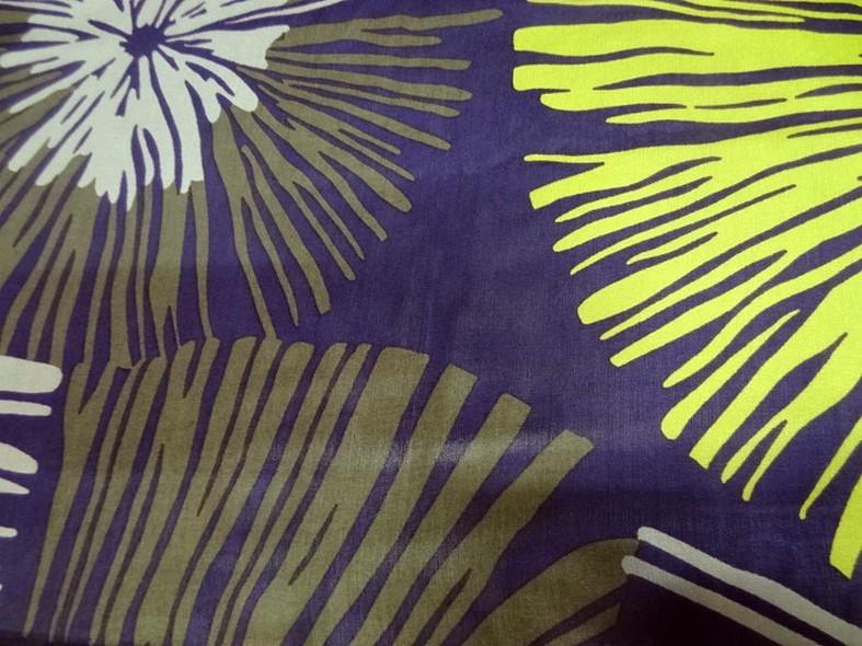Twill de soie violet fleurs geantes anis et kaki 1