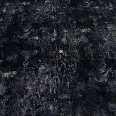 Velours gris bleute degrade motif dentelle