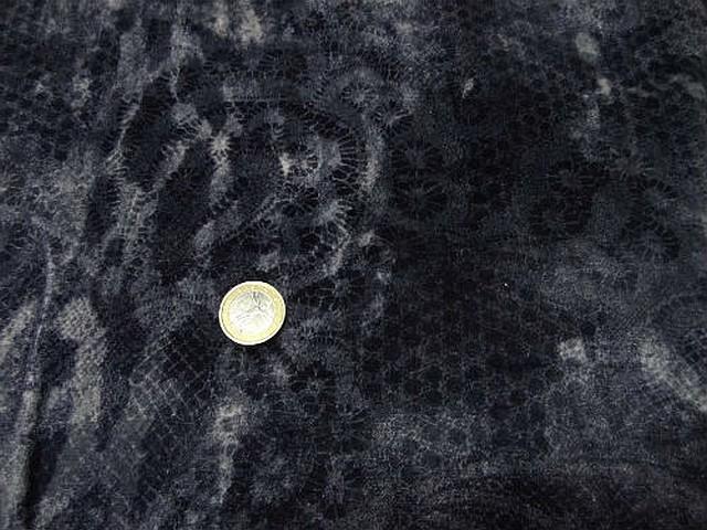 Velours gris bleute degrade motif dentelle 1