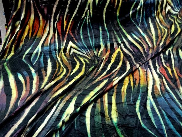 Velours lycra imprime zebre multicolore1