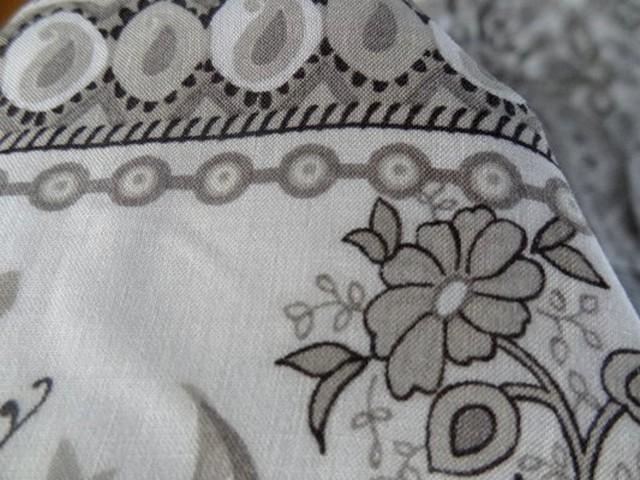 Viscose coton blanc et motifs taupe 02