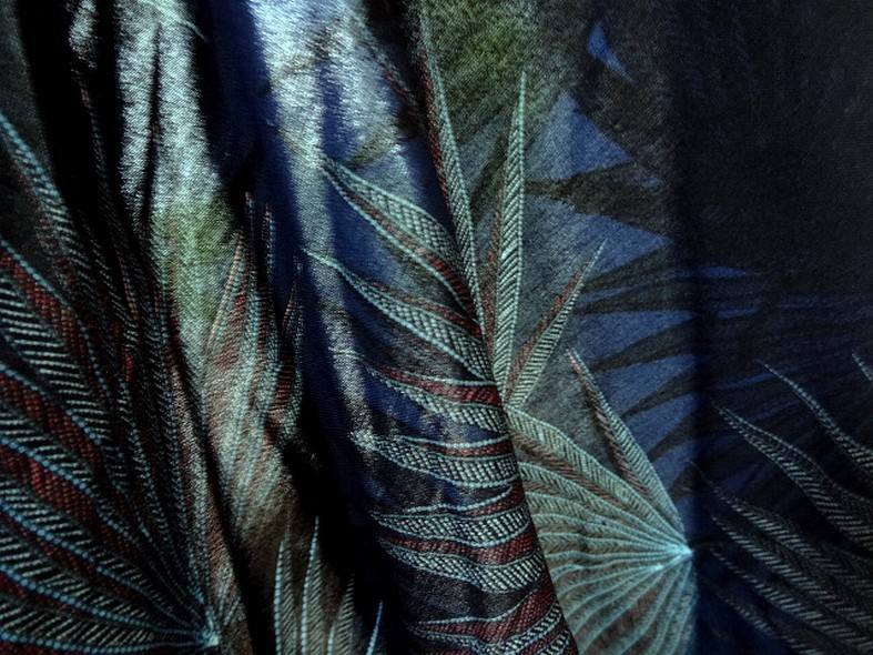Viscose fond bleu cobalt motif papyrus 3