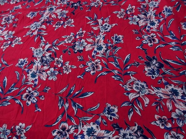 Viscose fond rubis fleurs bleu canard 1