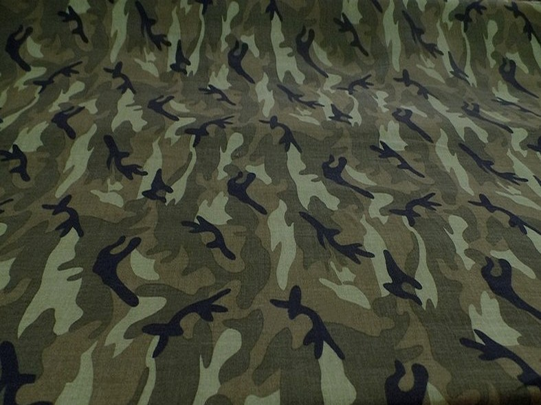 viscose motif camouflage kaki