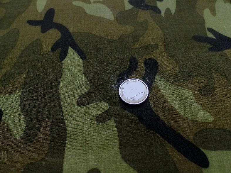 Viscose motif camouflage kaki 4