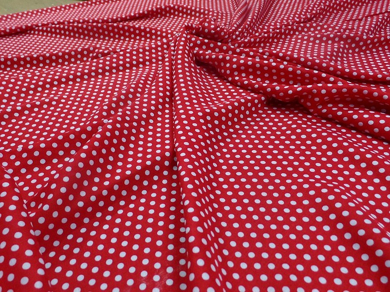 Viscose rouge pois blancs pin up 4