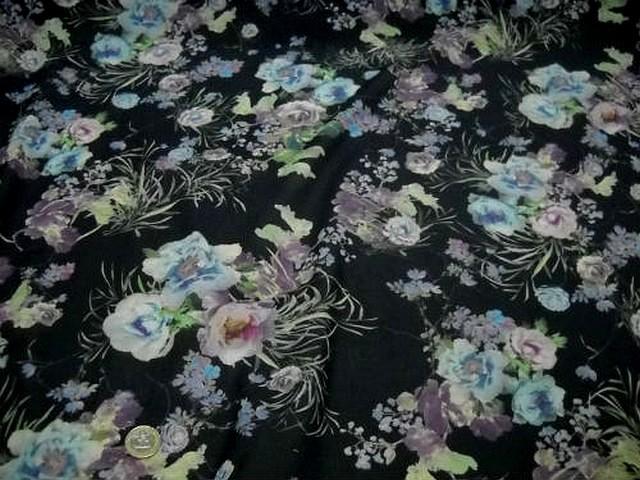 Voile coton gris noir fleurs doux pastel 1
