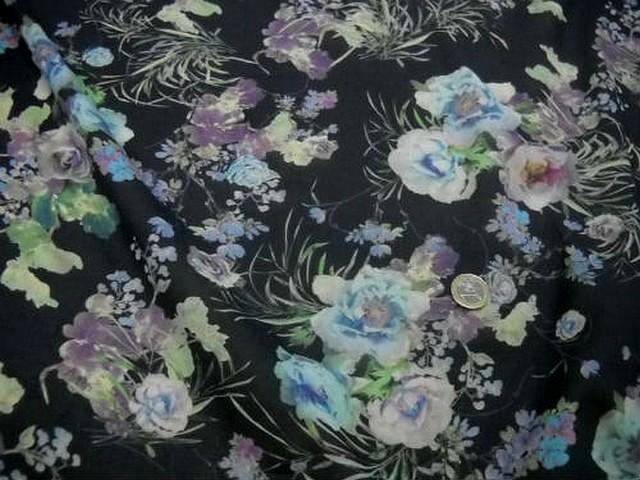 Voile coton gris noir fleurs doux pastel 2