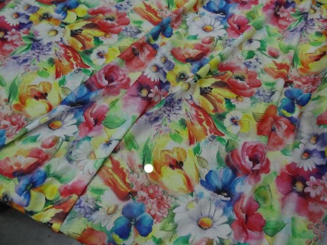 Voile coton soie fleurs fond blanc 1 1