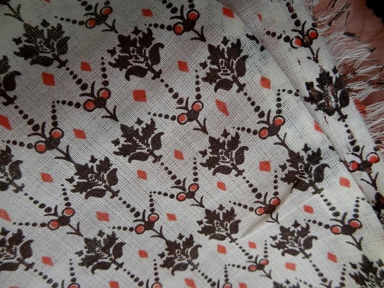 Voile de coton blanc casse petites fleurs vintage 1