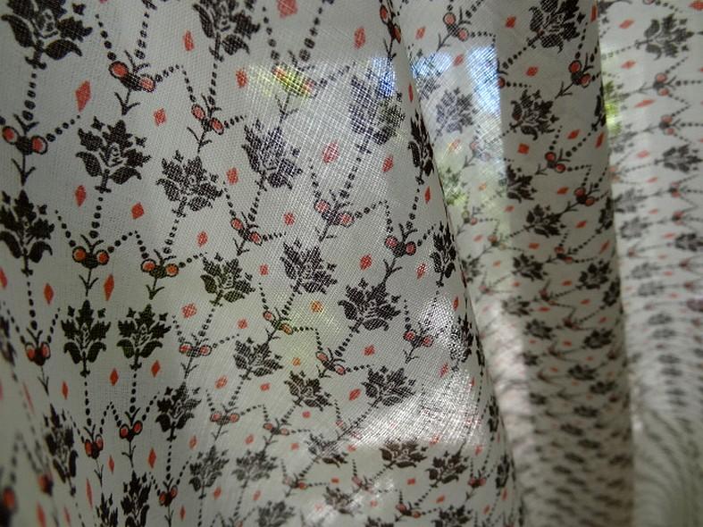 Voile de coton blanc casse petites fleurs vintage 2