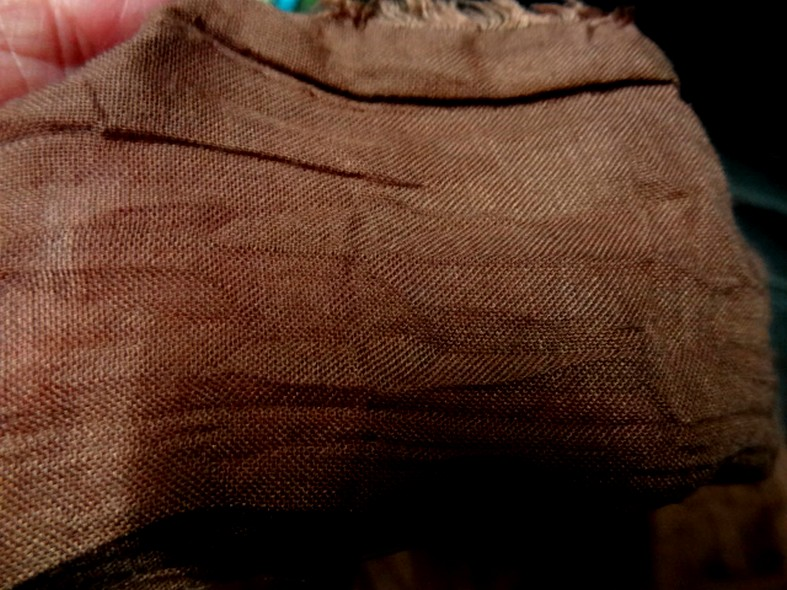 Voile de coton froisse plisse acajou 2
