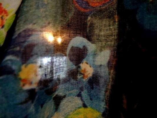Voile de coton roses de jardin tons bleus 1