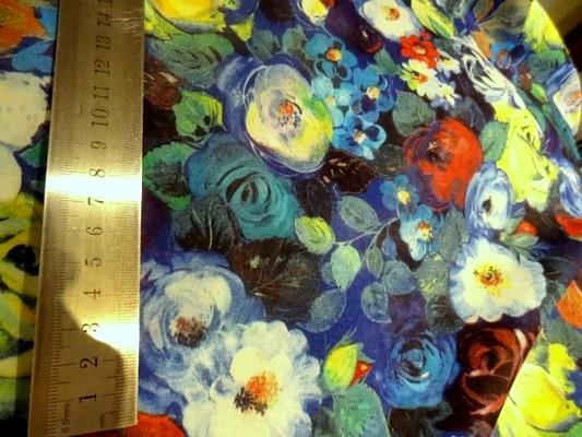 Voile de coton roses de jardin tons bleus 4