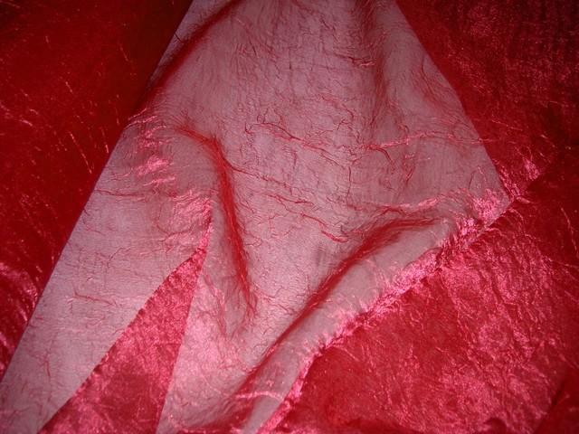 Voile de soie polyester froisse permanent rouge a reflets