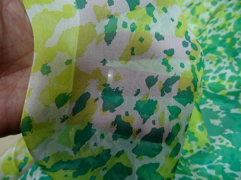 Voile de soie tachetee vert et vert anis 5